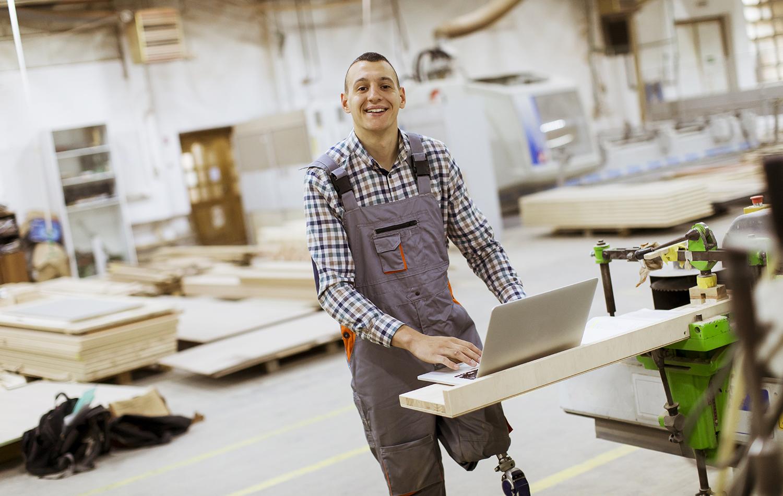 Visuel en page d'accueil illustant l'activité du GETH, groupement d'employeurs engagés en Isère pour l'emploi des personnes en situation de handicap.