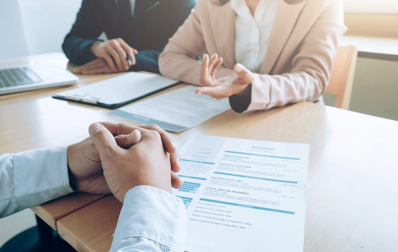 Visuel offre d'emploi du GETH (Groupement d'employeurs de travailleurs handicapés) pour un poste de responsable ou d'assistant en ressources humaines.