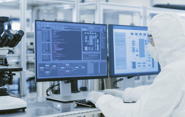 Visuel offre d'emploi du GETH (Groupement d'employeurs de travailleurs handicapés) pour un poste d'opérateur en salle blanche.